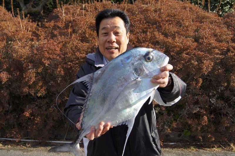4キロの【糸引鰺(イトヒキアジ)】ゲット!!