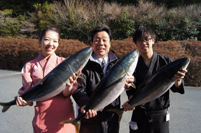 紀伊長島港で10㎏【寒ブリ】3本ゲット!!