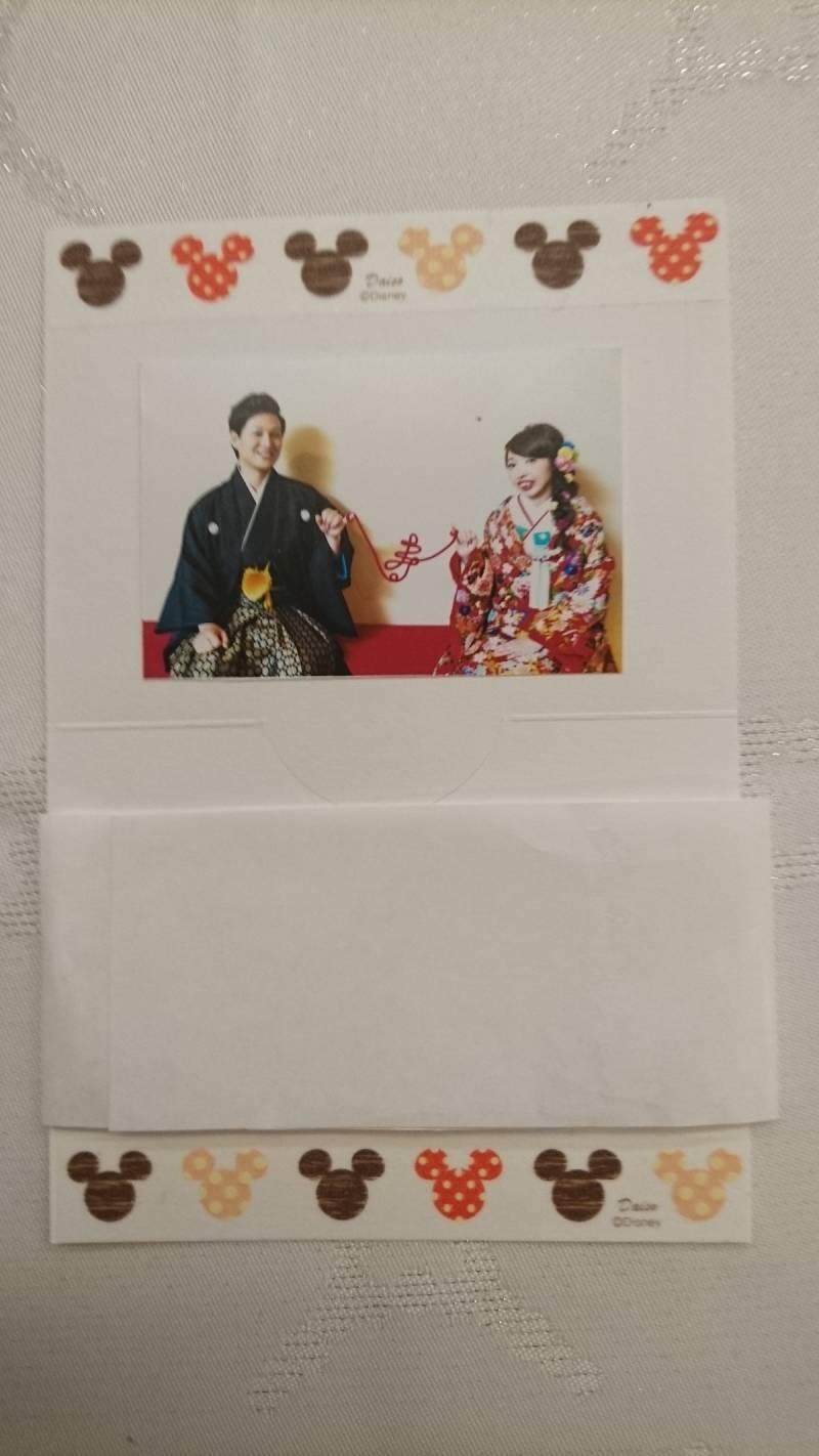 お名前札。写真を貼ってミッキーのテープでデザインして、手がこんでいます。