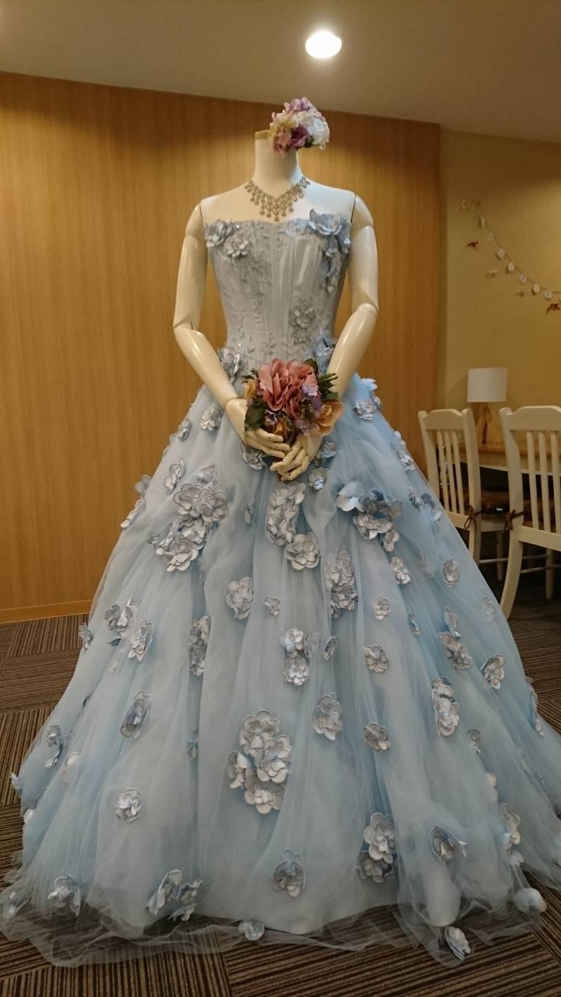 ブライダルサロン 今月のドレス。