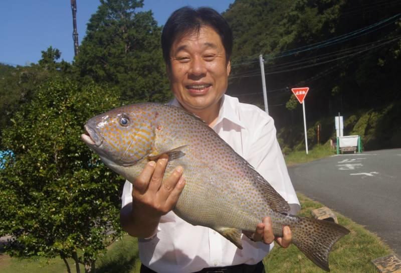 コロ鯛と中西総料理長