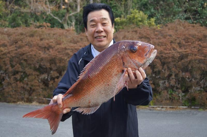 桜鯛と中西総料理長
