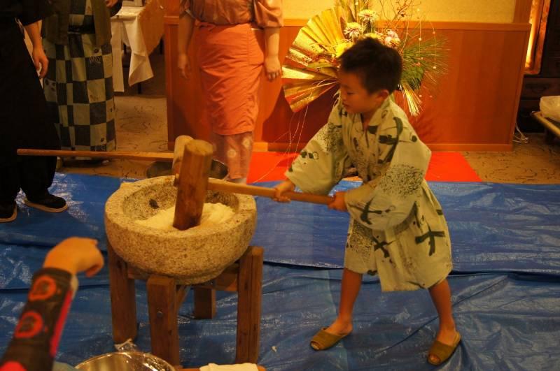 伊勢神宮と熊野三山を結ぶお食事と温泉の宿で初詣の拠点に…