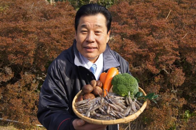 尾鷲港で旬の深海魚【メヒカリ】と地元農家から【地野菜】仕入れ!