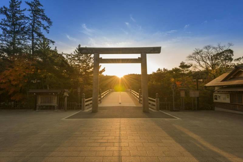 一刻も早い平和を願います。日本の守り神【伊勢神宮 内宮(皇大神宮)】の動画