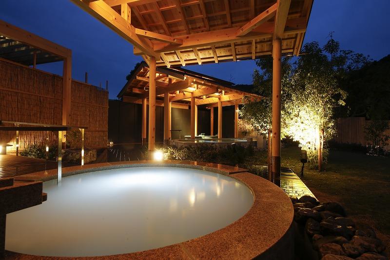 大浴場夜イメージ